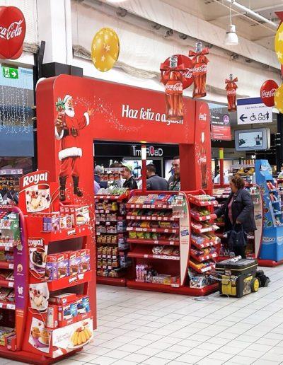 Salida cajas supermercado, lateral, promocion navidad, arco fabricado en polipropileno celular