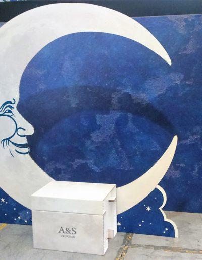 Photocall decorativo para boda fabricado en reboard y carton doble micro impreso y cortado